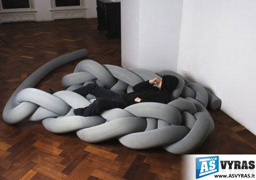keistos lovos