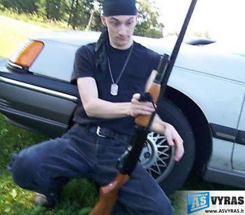 juokingi gangsteriai nusikalteliai