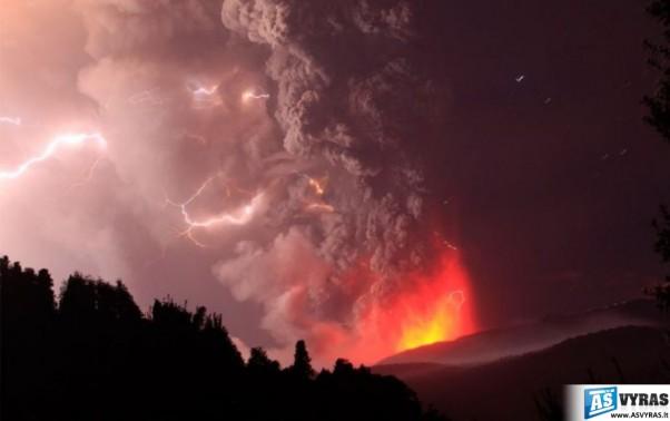 ciles-cile-ugnikalniai-vulkanai-ugnikalnis-vulkanas-issiverzimai-pelenai-cileje-07