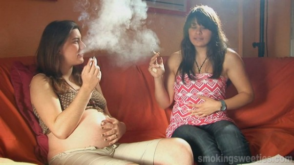 Rūkančios nėštumo metu
