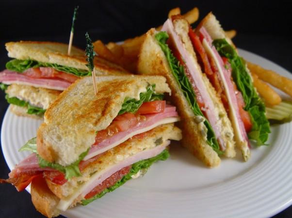 """""""Club"""" sumuštinis"""