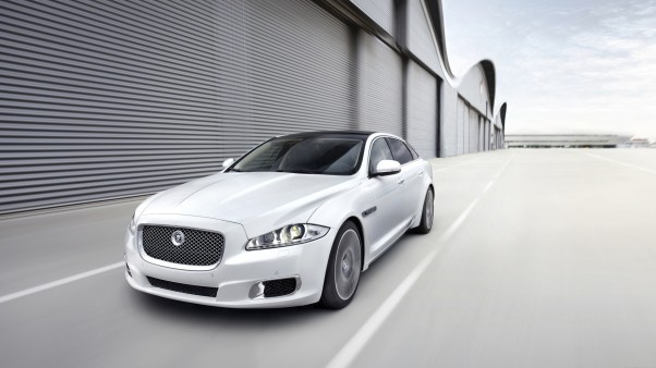 Automobilių naujienos Jaguar XJ Ultimate 2013
