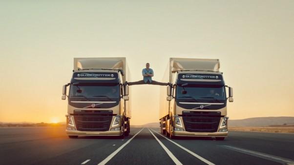 Epinė Volvo reklama ir Žanas Klodas van Damas