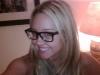 merginos-su-akiniais-5
