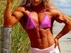 moterys-kulturistes-sportininkes-geriau-jos-uziimtu-fitnesu-ne-kulturizmu-fitnesas-kulturizmas-moterys-13