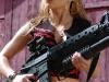 merginos-ir-ginklai-seksualios-merginos-pupytes-agentes-snipes-seksuali-mergina-laiko-m16