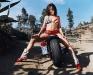 merginos-ir-motociklai-mergina-ir-motociklas-issisketusi