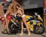 merginos-ir-motociklai-mergina-ir-motociklas-suzuki-mergaites
