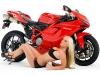 merginos-ir-motociklai-karstos-merginos-motociklai-dukatis-ir-pupyte