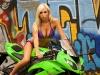 merginos-ir-motociklai-karstos-merginos-motociklai-ninja