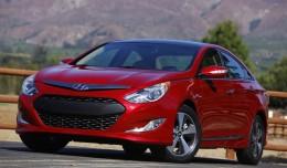 2011 metų automobilių-hibridų paradas