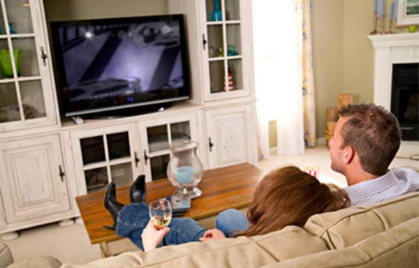 Kodėl moterys užmiega filmo metu