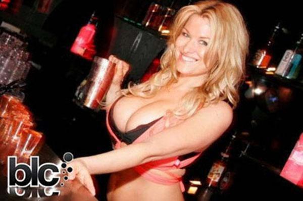 Seksualiausia profesija: barmenė