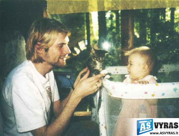 Įžymybių nuotraukos iš šeimos albumų